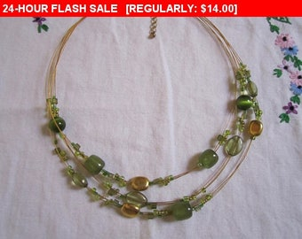 multistrand  green beaded necklace, statement necklace, hippie, boho, estate jewelry