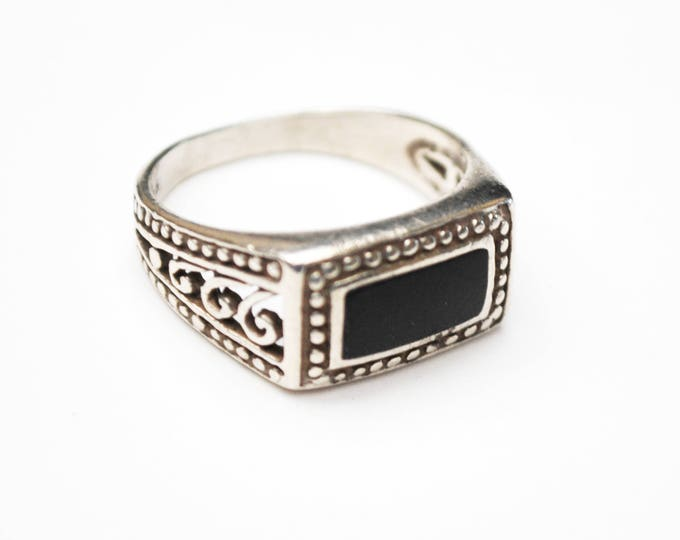 Sterling Onyx ring - Silver Filigree -Black Gemstone - rectangle - size 7