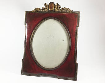 Vintage picture photo frame, Red Maroon Burgundy Gold plastic, Oval shape, Ornate scroll top, Beaded edge, Stand up table top frame
