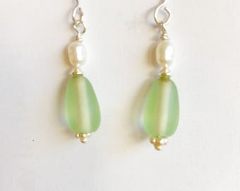 Sea Glass  Earrings. sea Glass - pearls- beach themed jewelry - ocean themed jewelry - june birthstone