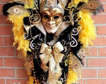 XL Elegant Venetian Jester Mardi Gras Swag,  Black Gold and Dark Brown Masquerade Carnival decor, fleur de Lis, Mardi Gras Wreath