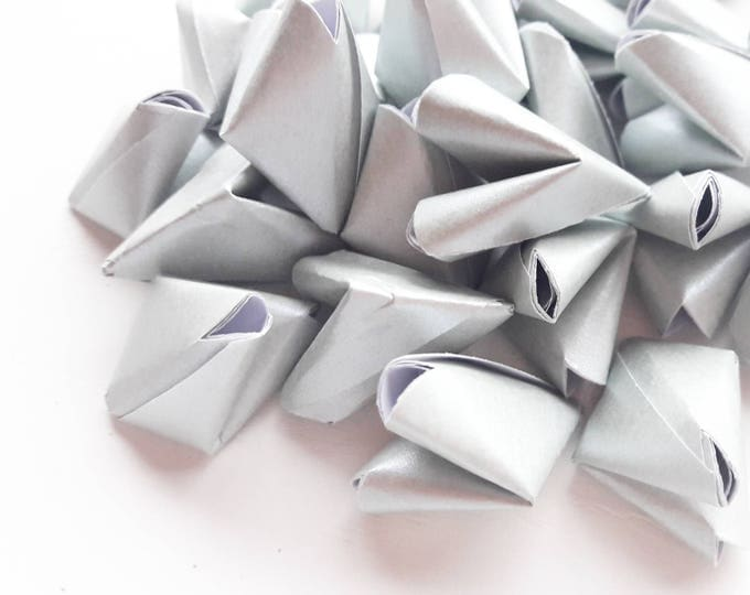 100 metallic silver paper origami heart love messages - wedding - Free worldwide shipping - wedding favour - table confetti serving and dini