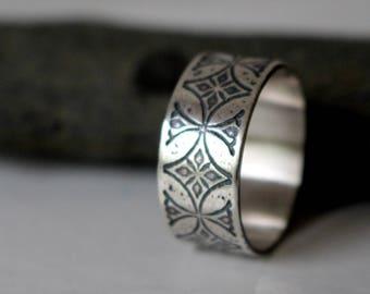 sterling silver men cross ring - men medieval ring - etched - engraved - knight templar ring - men jewelry - wedding ring -TEMPLAR