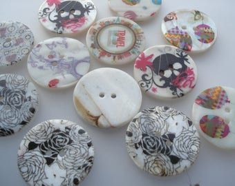 31mm Natural Shell Buttons, 2-Hole Mixed Shell Buttons, 5 Shell Buttons, 50p Each!! S05