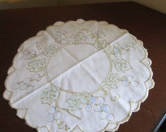 Beige Embroidered Grape Linen Doily