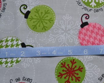 Christmas Fabric/Ornaments on Gray/White Snowflakes/Cotton Sewing Material/Quilting, Clothing, Craft/Fat Quarter, By The Yard, Yardage