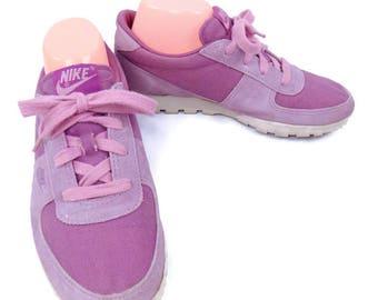 Ladies True Vintage Nike Pink Suede & Canvas Sneakers Size 8 1/2