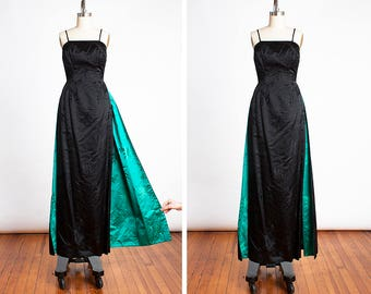 BOMBSHELL 1950s Vampy Black Bamboo Print Satin Hourglass Wiggle Evening Gown with Vibrant Green Peek-a-boo Train // New Look // Pin Up //