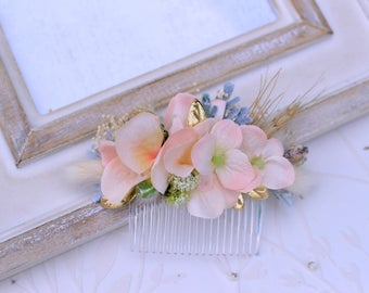 Peach gold bridal comb, Rustic wedding comb, Dried flower hair comb, Bridal hair comb, Floral hair piece, Flower headpiece, baby's breath
