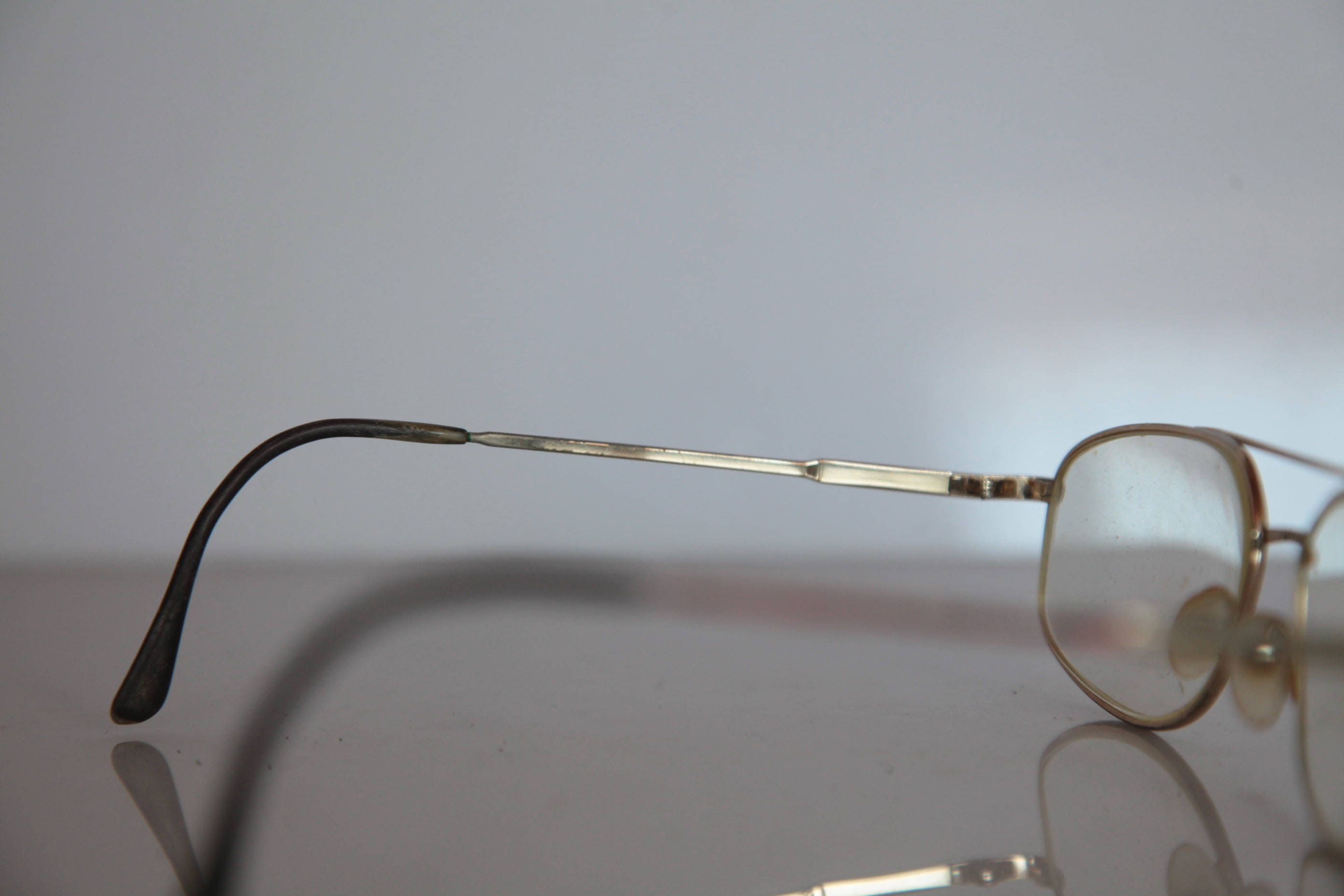 eyewear industry in germany The global eyewear market size was valued at usd 10266 billion in 2015 the increasing dependence on electronic gadgets such as mobile phones, television, and computers has led to eyesight problems resulting in the purchase of more eyewear products.