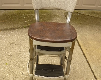 RARE Cosco step stool - ladder -  classic midcentury colors and form in good condition - ladder moves smoothly