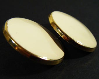 Vintage 80's Large Off White & Gold Round Pierced Earrings