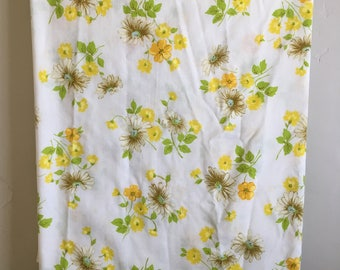 Vintage Pequot Full Flat Sheet, 70's Floral Double Bed Sheet, Daisies and Wildflowers Vintage Bedding