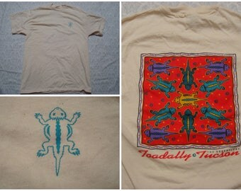 Vintage Retro Men's 90's Horny Toad Tee shirt Beige Toadally Tucson Horned Tshirt Souvenir Southwest Short Sleeve Medium Made in the USA