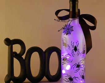 Purple spider wine bottle light, Halloween decoration, purple and black