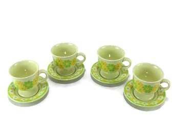 Vintage Franciscan Earthenware Picnic Footed Cups and Saucers * Set of 4
