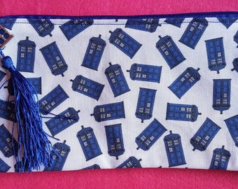 Doctor Who inspired mini Tardis zipped pouch