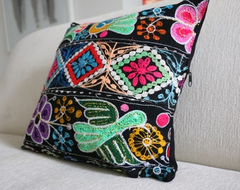 Decorative cushion - Handwoven Embroidered