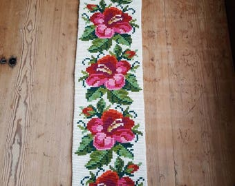 Lovely floral wool embroidered folk wall hanging/tapestry from Sweden