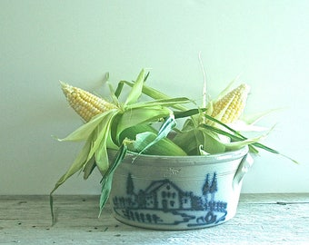 Beautiful 1990 Vintage Wisconsin Pottery Salt Glaze Crock, Country Decor, Cabin Decor