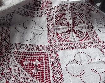 Handmade antique. Handmade tablecloth. Crochet tablecloth. Round tablecloth. White tablecloth. European handmade. Vintage 1940'.