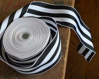 25 yard roll of black and white striped grosgrain