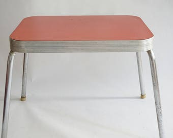 Vintage CHILD SIZE Table, Kidu0027s Furniture, Mid Century Chrome Red Formica  Top Table