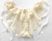 Culotte transparente en soie jaune , lingerie mariage, mariage bohème, mariage romantique,sheer lingeries, babydoll lingeries, tap pants