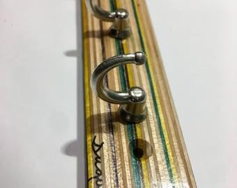 Skatebaord Key Rack upcycled Wood recycled by Duque Skate Art