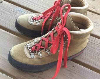 Vintage Swiss hiking boots Raichle heavy duty hike shoes size 7
