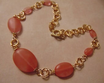 Cherry Quartz Stones Golden Rosettes Chain Maille Necklace