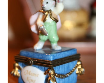 PHB Mouse King with Cheese Trinket Box, Midwest of Cannon Falls Hinged