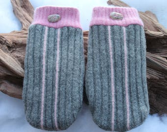 Wool sweater mittens lined with fleece with Lake Superior rock buttons in gray and pink, Valentines, winter wedding, birthday, snow shoeing