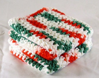 Christmas Cotton Washcloth, Red and Green Crochet Washcloth, Holiday Dish Cloth, Washcloth Spa Set, Kitchen Cloth, Spa Cloths