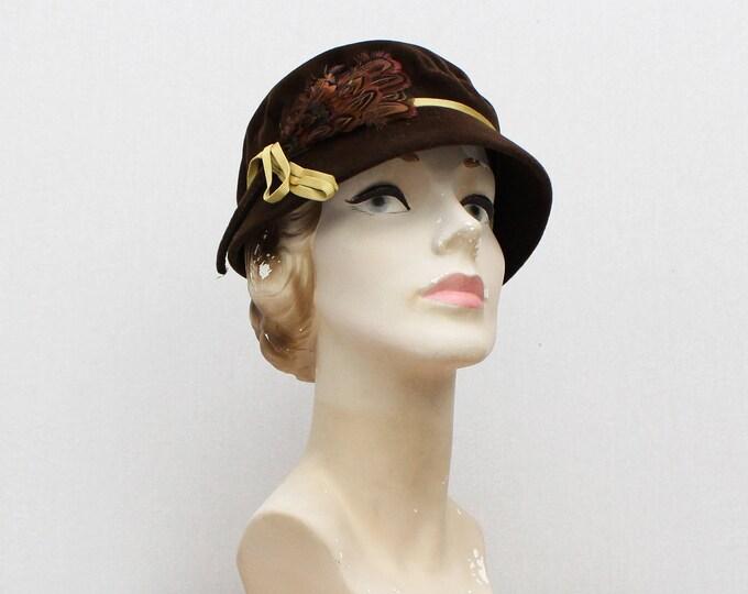 Vintage 1960s Brown Felt Short Brim Partridge Feather Hat
