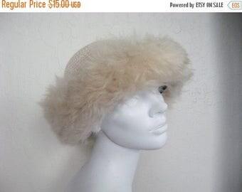 25% off SALE Crochet Tuscan Lamb Fur Trim Hat - Italy