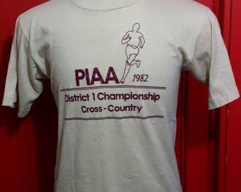 35% OFF SALE Vintage 80s PIAA 1982 Cross Country Soft t-shirt - vintage tees - marathon - race - run (Large)