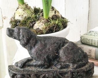 A cast iron antique Spsniel Dog doorstop or ornament