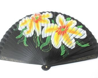 Hand Fans, hand fan, Abanico, fan in black and flowers, handpainted