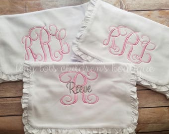 Personalized Ruffle Burp Cloth Set - Set of 3 Monogrammed Burb Cloths - Ruffle Burp Cloth - Baby Girl - Embroidered Baby Burp Cloth