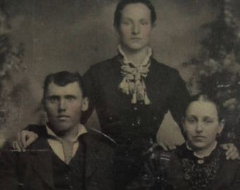 All In The Family - Original 1880's Victorian Era Family Tintype Photograph - Free Shipping