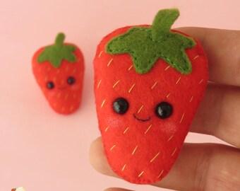 Strawberry felt brooch - Kawaii Strawberry - Cute Strawberry pin - Strawberry ornament - Strawberry pin accessory - Felt accessory
