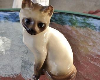 ON SALE - Vintage Ceramic Siamese Kitty