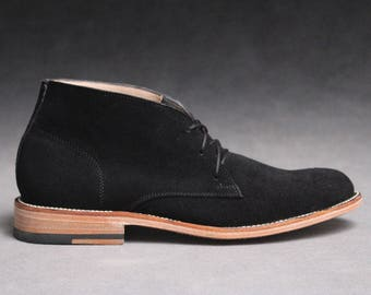 Chukka Boot (Black Suede)