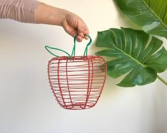 Wire Apple Basket / Wire Egg Basket