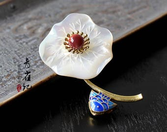 Shell lotus leaf brooch pins,breastpin,elegant,gift for women,gift for her