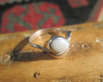 Modern Style Opal and Sterling Silver Ring Size 7
