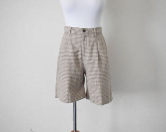 FREE usa SHIPPING 1990s  vintage high waist lee casuals pleated plaid cotton preppy nerd geek shorts size M