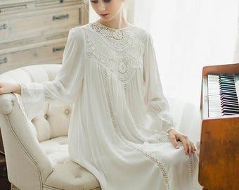Vintage White Cotton Lace Nightdress Size S
