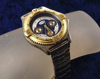 35% OFF SALE Vintage Quess Four Dial Quartz Mens Wrist Watch, Stainless Metal Band Runs E2485